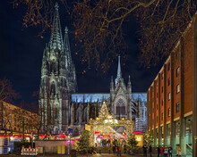 Cologne Cathedral Christmas Ma...