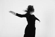Never Stop Dancing - Girl Danc...