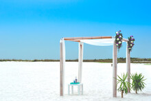 Wedding Setup At Siesta Key Be...