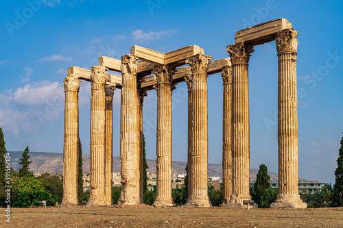 Acrópolis, panteón, templo de zeus y teatro en Atentas фототапет