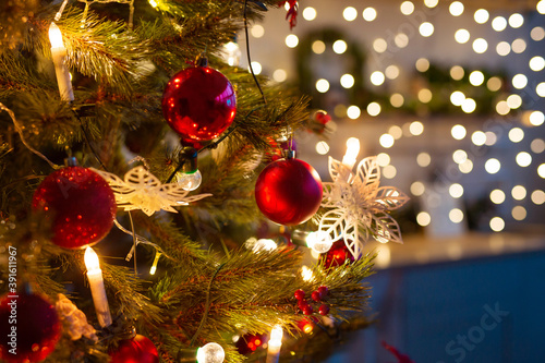 Obraz beautiful decorations on the christmas tree - fototapety do salonu