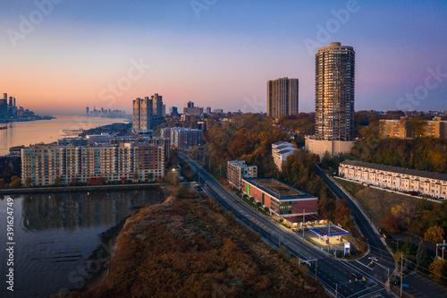 Fototapeta Aerial Sunrise in Edgewater New Jersey