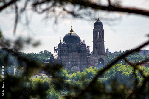 The Old Believers Cathedral of the Intercession of the Most Holy Theotokos in the early 20th century in Borovsk, view from the side of Borovskiy pine forest Fototapeta