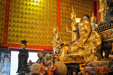 The Golden Lauching Buddha Sta...