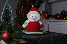Cute Toy Plush Snowman Stand O...