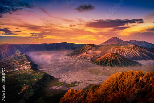 Fototapeta Mount Bromo volcano (Gunung Bromo) at sunrise with colorful sky background in Bromo Tengger Semeru National Park, East Java, Indonesia. obraz