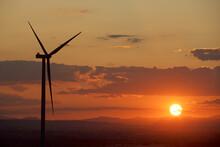 Wind Turbine For Sustainable E...