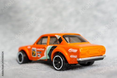 Платно POZNAN, POLAND - Oct 31, 2020: Mattel Hot Wheels Ford Escort sport car