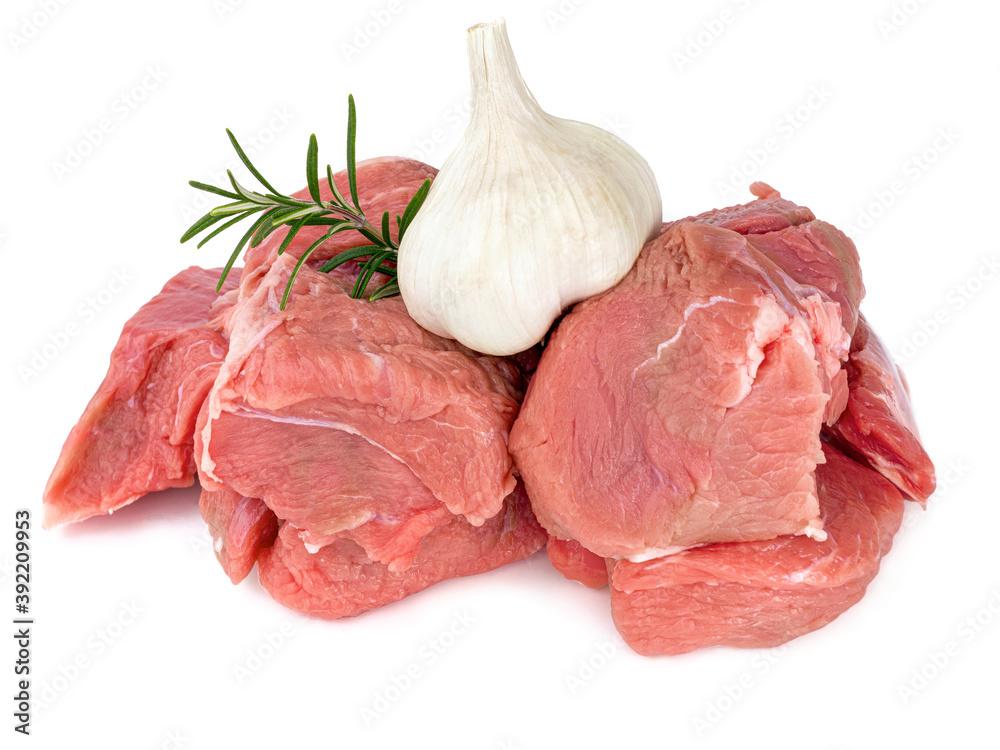 Fototapeta morceaux de viande cru de veau pour blanquette sur fond blanc