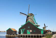 Zaanse Schans, Windmill And Barn