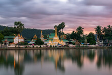 Chong Kham Temple (Wat Chong K...