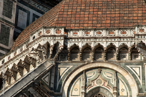 Fotomural Cathedral of Santa Maria del Fiore, duomo of Florence, is the main Florentine church