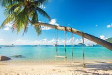 Beautiful Tropical Island Beac...