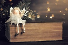 Christmas Angel Decoration Hol...