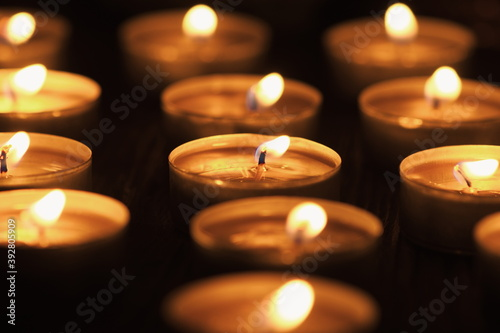 Papel de parede Many burning candles