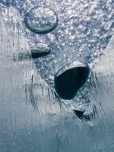 Air Bubbles Trapped Under Froz...