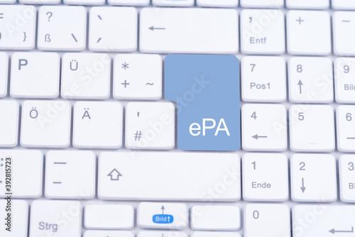 Computertastatur mit großer Taste ePA zur elektronischen Patientenakte Fototapete