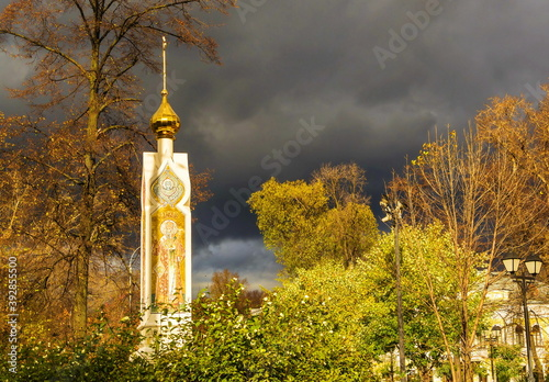 Chapel-obelisk in the temple complex of Christians-Old Believers in Rogozhskaya Fototapeta