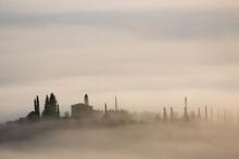 Alba Con Nebbia Colline Della Toscana