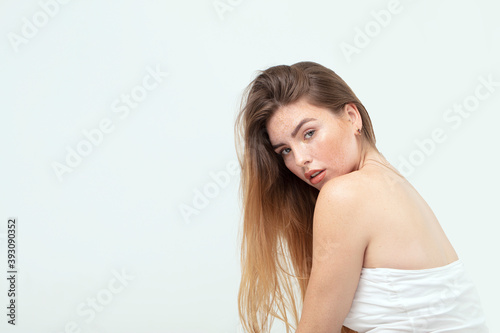 Fotografia, Obraz Natural caucasian ginger woman with freckles and clean healthy skin