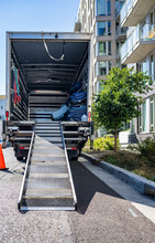 Big Rig Semi Truck With Open B...