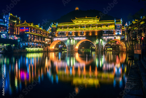 中国湖南湘西凤凰古城夜景