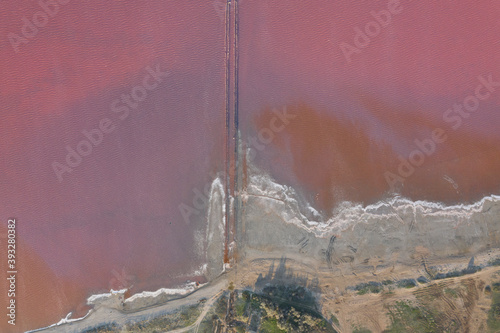 Photo High angle drone view of pink lake where salt is extracted, Sasyk Sivash lake in