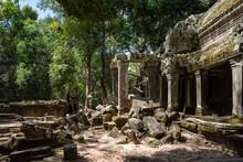 Angkor Wat In Siem Reap, Cambo...