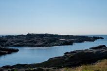 入り江の風景 磯と海