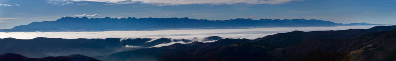 Panorama Tatr z góry Gorc w Gorcach