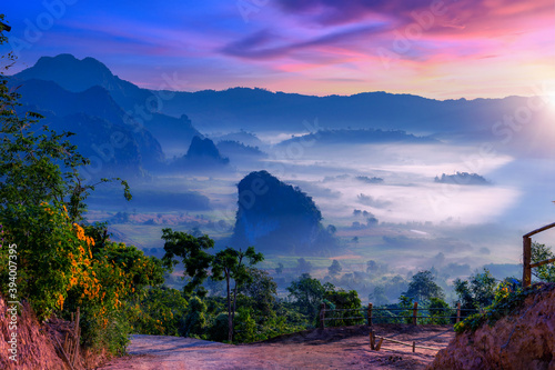 Sunrise and morning mist at Pha Chang Noi Viewpoint, Phu Langka National Park, Phayao Province, Thailand Canvas
