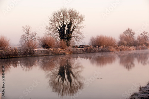 Fotografia, Obraz The Gloucester and Sharpness Canal on a cold winter's morning, from Patch Bridge, Gloucestershire, England, UK