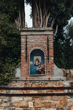 Old Brick Tabernacle In The Streets Of Florence Picturing An Iconic Madonna Fiorentina
