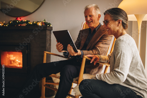 Grandparents social distancing on Christmas day