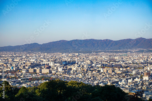 Fototapeta 京都名所 夜景の名所 将軍塚から見た早朝の京都市の風景