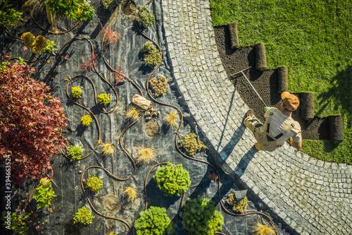Landscape Specialist Finishing Newly Developed Garden Fototapet