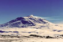 Mont Erebus. Volcan D'Antractique Situé Dans L'île De Ross