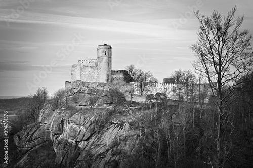 Cuadros en Lienzo Ruiny zamku Chojnik w Kotlinie Jeleniogórskiej.