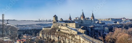 Papel de parede Kamianets-Podilskyi fortress on a sunny winter morning