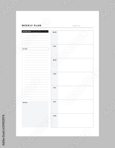 Fototapeta Weekly planner template. Clear and simple printable to do list. Business organizer page. Paper sheet. Realistic vector illustration. obraz na płótnie