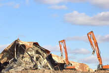 Destruction Of Buildings, Special Equipment And Tactics Of Demolition Or Demolition Of Large Structures