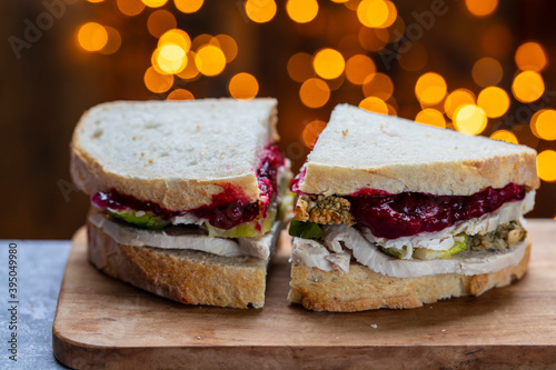 Fotografía Leftovers Christmas sandwich with turkey, stuffing and cranberry sauce