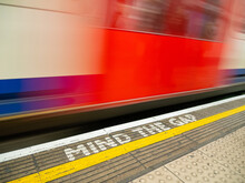 Blur Of London Underground Tra...