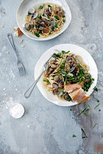 Linguine With Oriental Style Clams
