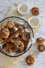 Homemade Mini Bagels With Poppy Seeds