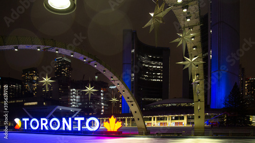Fototapeta premium Toronto, Canada - November 20, 2020: Empty Old Toronto City Hall at Nathan Phillips Square on festive times during Thanksgiving in the time of covid-19 pandemic
