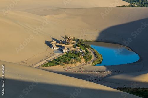 Obraz na plátně Crescent Moon Lake at Singing Sands Dune near Dunhuang, Gansu Province, China