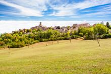 Cordes-sur-Ciel, Village Perch...