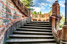 Baufällige Treppe