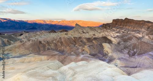 Fototapety, obrazy: Manly Sunrise at Zabriskie Point - Death Valley